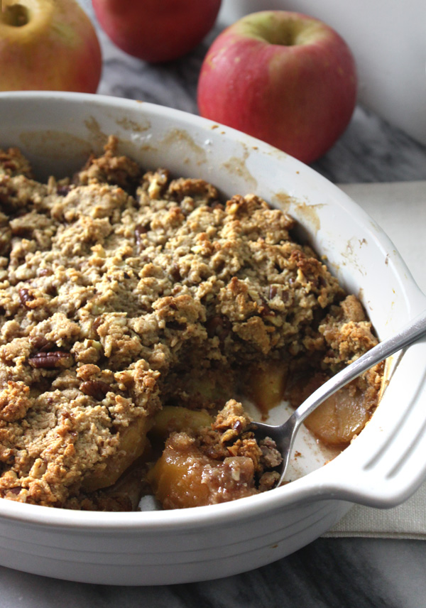 Maple Pecan Apple Crisp - Heailng and Eating